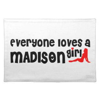 Cada uno ama las camisetas de un chica de Malden. Mantel