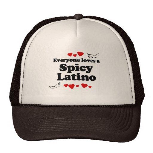 Cada uno ama una camiseta picante del Latino Gorras