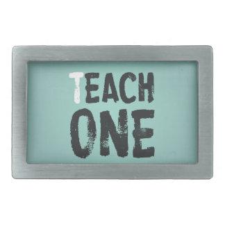 Cada uno enseña a uno hebillas cinturon rectangulares
