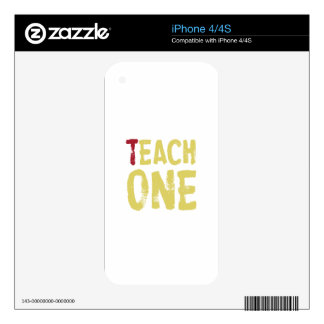Cada uno enseña a uno skins para eliPhone 4S