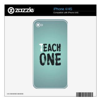 Cada uno enseña a uno skins para iPhone 4S