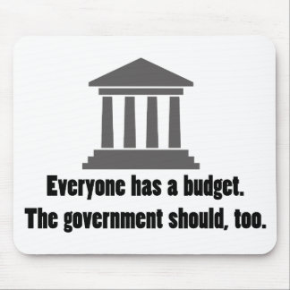 Cada uno tiene un presupuesto tapete de ratón