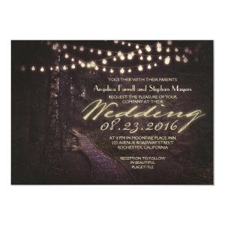 cadena de árboles rústicos de las luces que casan invitaciones personalizada