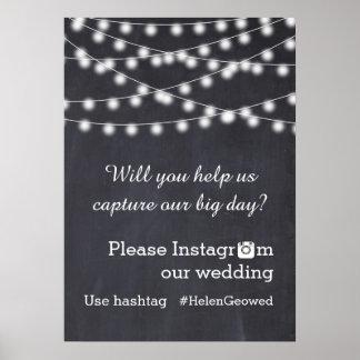 Cadena de luces con el boda del hashtag de Instagr Posters