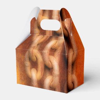 Cadenas oxidadas cajas para regalos de boda