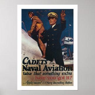 Cadetes para la aviación naval póster