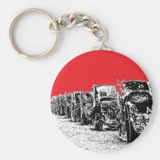 Cadillacs enterrado con el cielo rojo llavero redondo tipo pin