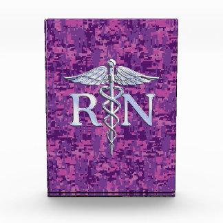 Caduceo del RN de la enfermera registradoa en Camo