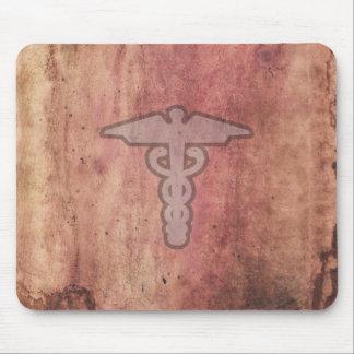 Caduceo el símbolo médico para un doctor o una enf alfombrilla de raton