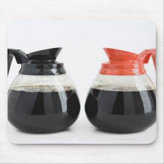 Caf. y Decaf. Potes del café en blanco Tapetes De Raton