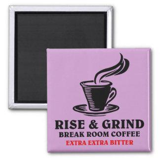 Café amargo adicional para los empleados contrarie imán cuadrado