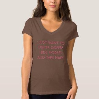 Café, caballos, y camiseta de las siestas camisas