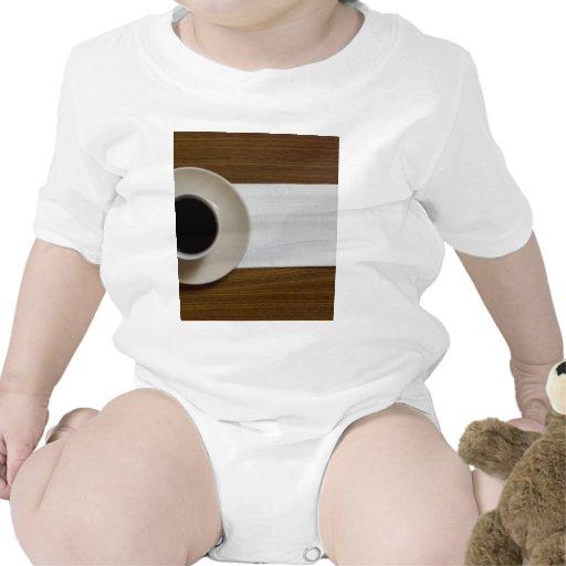 Café con la servilleta trajes de bebé