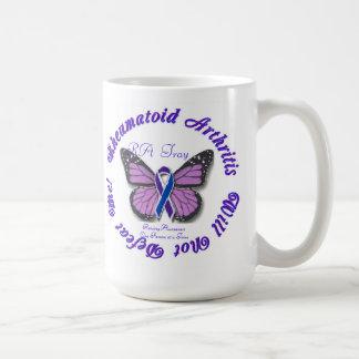 Café de la mariposa de la artritis reumatoide/taza taza básica blanca