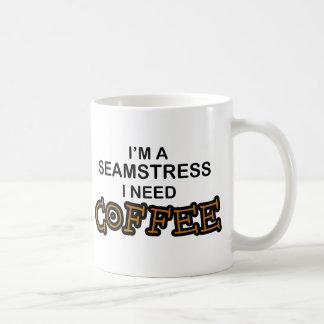 Café de la necesidad - costurera taza básica blanca