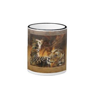 Café de los depredadores del gato grande taza a dos colores