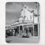 Café de Monroe, Key West, los años 30 Alfombrillas De Ratón