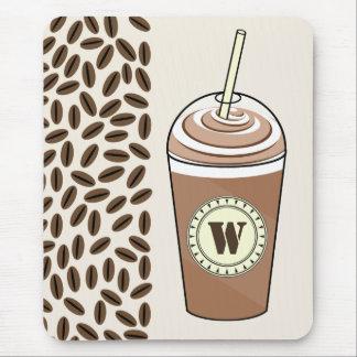 Café helado a ir y monograma Mousepad de los Tapetes De Ratón