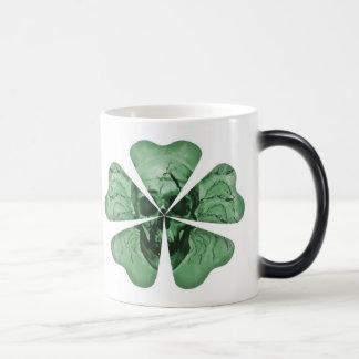 Café irlandés de O'The de la suerte Taza Mágica