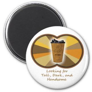 Café oscuro alto imán redondo 5 cm