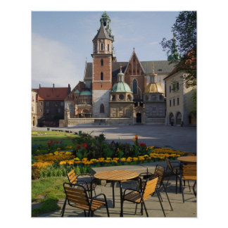 Café que pasa por alto la catedral de Wawel, colin Póster