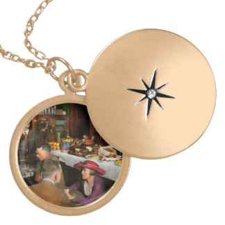 Cafe - Temptations 1915 Locket Necklace