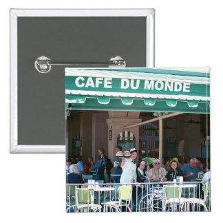 Café y Beignets de New Orleans Pin Cuadrado