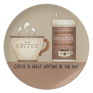 Café y desnatadora plato