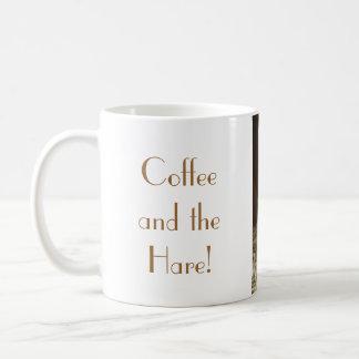 Café y las liebres taza