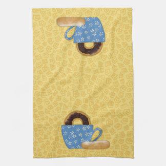 Café y toalla de cocina de los anillos de espuma