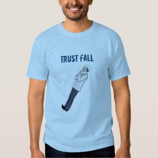 Caída de la confianza - Alt 5 Remeras