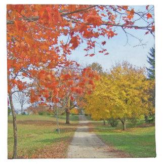 Caída de las hojas de otoño servilleta imprimida