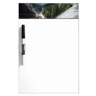 Caída de Vernall y rastro de la niebla Pizarras Blancas De Calidad