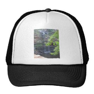 Caída del agua de Cedar Falls Gorros Bordados