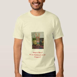 Caída en allí camiseta del alivio del terremoto remeras