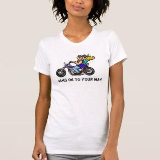 Caída encendido a su camiseta de la motocicleta de