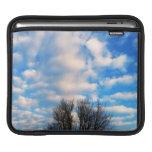 Caída hermosa del cielo azul por amor curativo funda para iPads