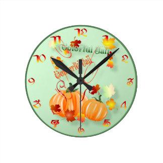 Caída hermosa Wallclock Reloj Redondo Mediano
