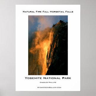 Caída natural del fuego de Yosemite Póster
