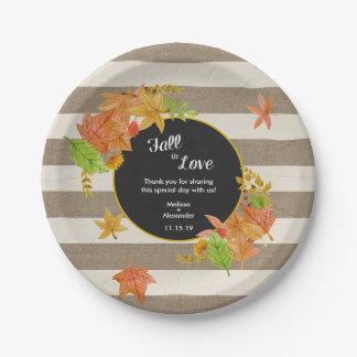 Caída rústica en ducha del amor o la decoración plato de papel de 7 pulgadas