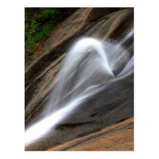 Caídas de plata de la cascada postal