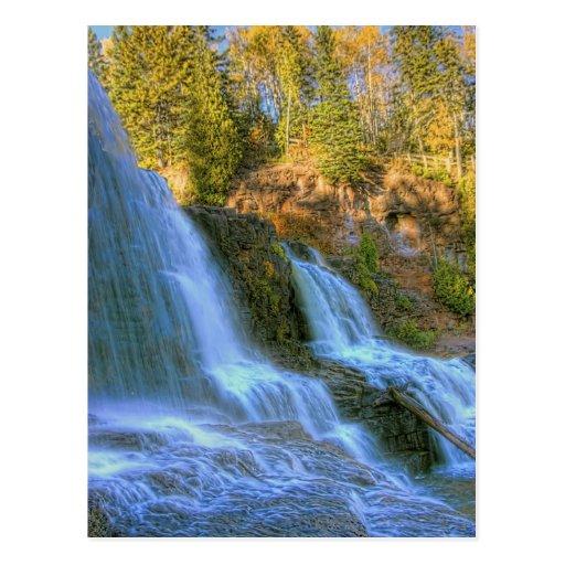 Caídas del otoño tarjeta postal