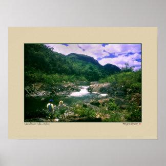 Caídas del río de Macal - roca negra - Belice Poster