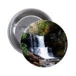 Caídas frías del río del agua pin