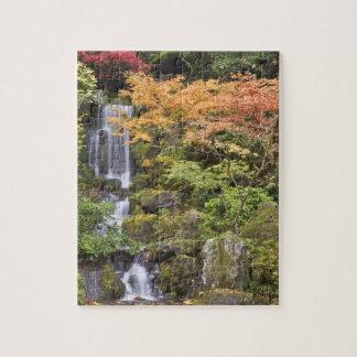Caídas y colores divinos del otoño puzzles con fotos