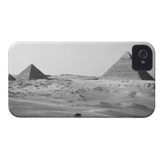 Cairo Egypt, Giza Pyramids iPhone 4 Cover
