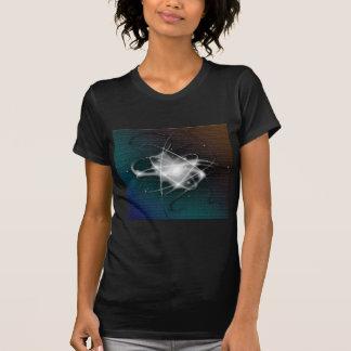 Caja abstracta de la curva de la zarzamora camisetas