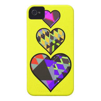 Caja amarilla del iPhone 4/4S de los corazones tri Case-Mate iPhone 4 Coberturas