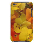 Caja anaranjada y amarilla de iTouch de las flores Barely There iPod Carcasas