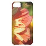 Caja anaranjada y amarilla del iPhone 5 de la flor